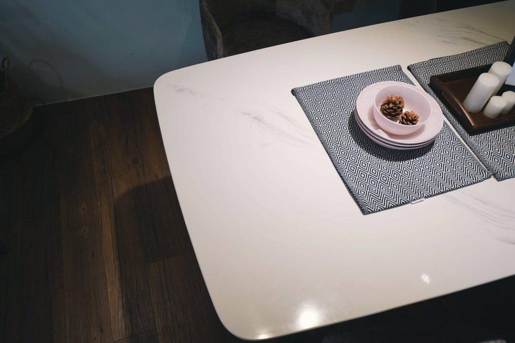 漢娜人造石面餐桌